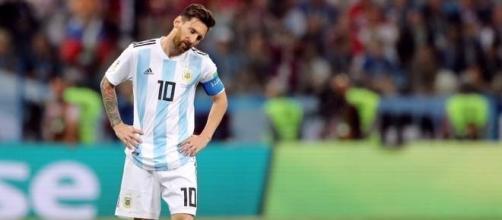 Messi desolado após goleada sofrida pelos croatas.