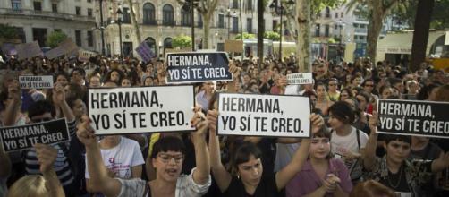 Sentencia La Manada: Miles de personas se concentran en las ... - elpais.com