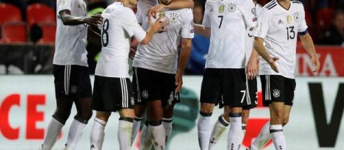 Alemania consigue agónico triunfo