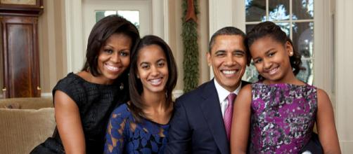 Official portrait of the Obama family in the Oval Office. - [Image courtesy – Pete Souza / Wikimedia Commons]