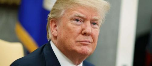 Presidente Trump amenaza con arancel de 20% a automóviles de la UE - estrategia.cl