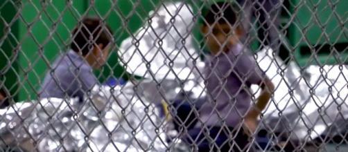 EE.UU / Similares a jaulas son los recintos donde albergan a inmigrantes ilegales