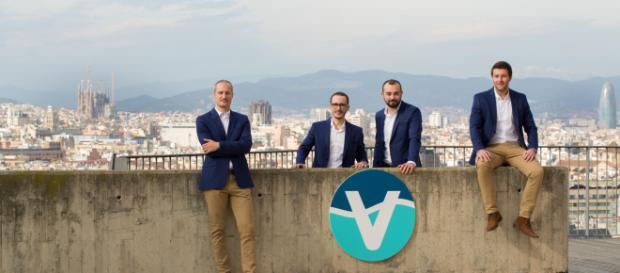 Vacway, la start-up catalana que creó un protector que impermeabiliza los smartphones