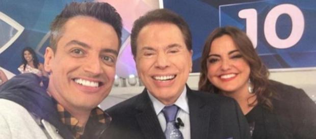 Santos faz revelação sobre contratar apresentadores da Record