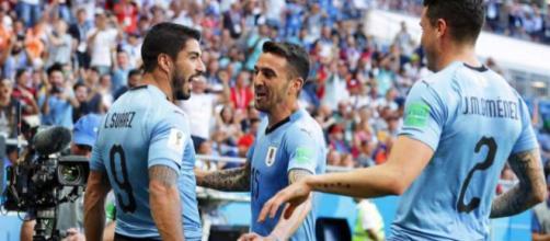Après une victoire face à l'Egypte et à l'Arabie Saoudite, l'Uruguay termine première du groupe A après sa victoire 3-0 contre la Russie.