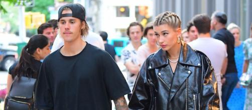 Justin Bieber comienza una relación con Hailey Baldwin (Vídeo)