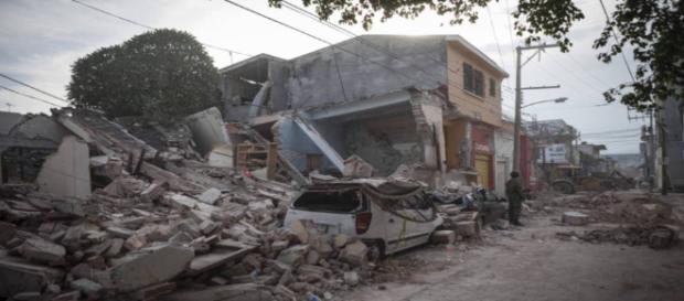 A nueve meses del sismo damnificados de Jojutla viven en la calle