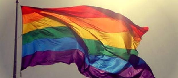 Napoli, coppia gay esclusa da un locale: lo sfogo su Facebook.