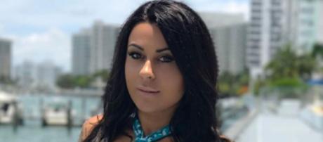 Après Les Anges 10, Shanna se sent seule et triste à Miami. Son nouvel amoureux pourra-t-il lui remonter le moral ?