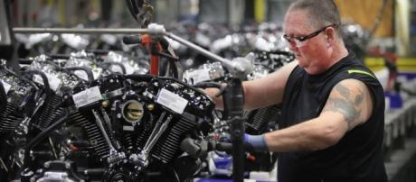 La compañía Harley- Davidson quiere aumentar la producción fuera de Estados Unidos