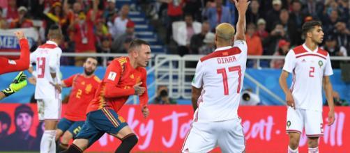 Le Maroc est très mécontent de la validation du but d'Iago Aspas à la quatre-vingt-dixième minute.