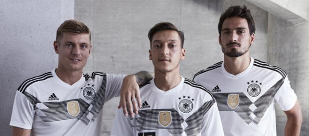 Alemania y Colombia adoptan posturas diferentes para mantenerse en la Copa del Mundo
