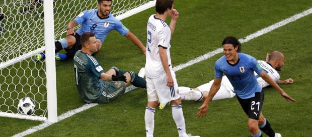 Uruguay golea 3 a 0 a Rusia y se queda con el primer puesto del grupo A