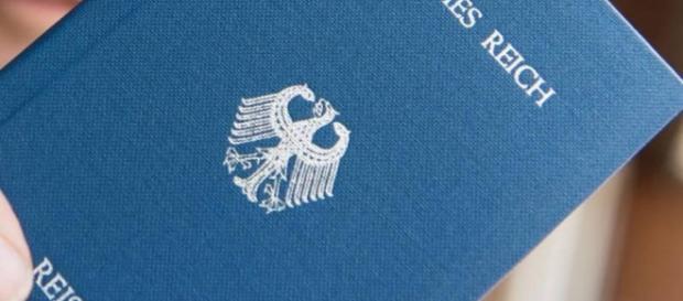 Gericht: «Reichsbürger» dürfen keine Waffenerlaubnis haben - MOZ.de - moz.de