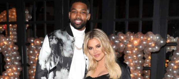 Khloé Kardashian habla sobre la traición de Thompson y dice que se está reconstruyendo