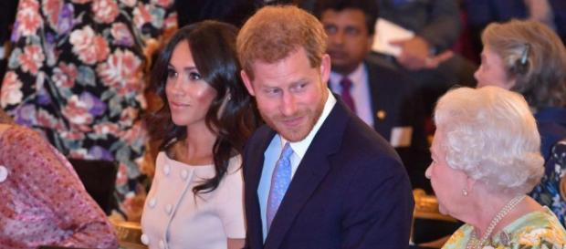 Meghan celebra junto a Harry los premios 'The Queen's Young Leaders ' en Palacio