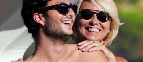 Gabriele Costanzo, dedica alla mamma Maria De Filippi un tenero post su Instagram