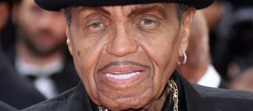 Joe ficou conhecido por formar o grupo The Jackson 5