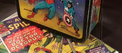 Marvel merchandise that most prominently shows Marvel characters that have already been prominently showcased. Image via cagdesign from Pixabay.