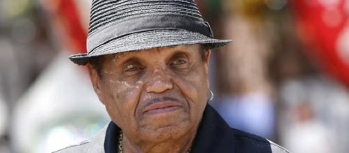 El patriarca de los Jackson perdió la batalla contra el cáncer y murió a los 89 años