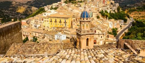 Ragusa, iniziata la Festa ra' Scaccia in piazza San Giovanni, l'evento termina domani