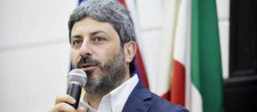 Roberto Fico e il M5S preparano l'abolizione dei vitalizi degli ex parlamentari