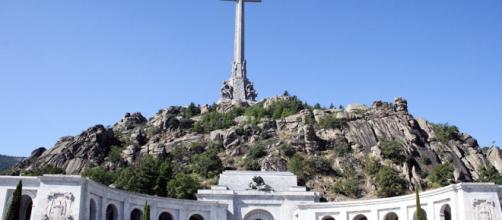 El Gobierno exhumará los restos del dictador Francisco Franco