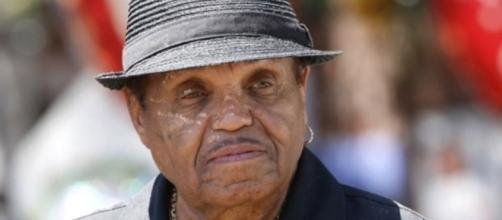 Muere el padre de Michael Jackson a los 89 años de edad