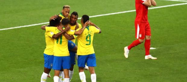 Rusia 2018: Brasil pasa como primer lugar y enfrentará a México en octavos
