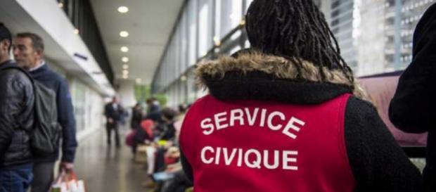 Le gouvernement annonce les fondements du nouveau service national
