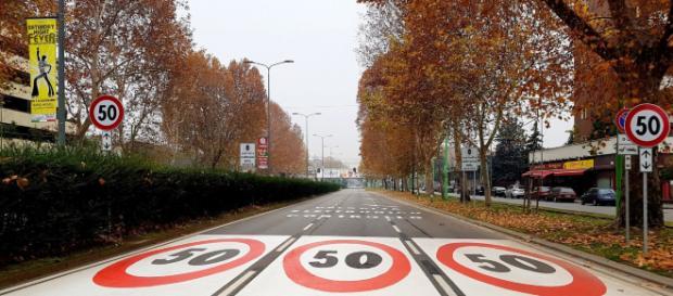 Milano, automobilista riceve 15 multe in un mese per eccesso di velocità.