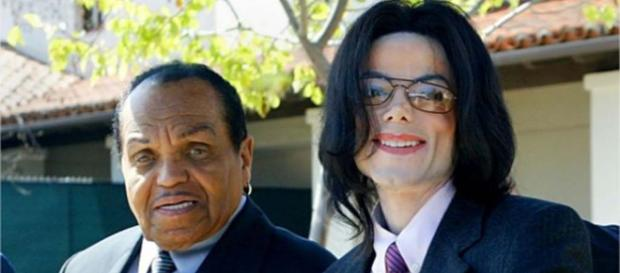 Muere el papá de Michael Jackson de cáncer de páncreas