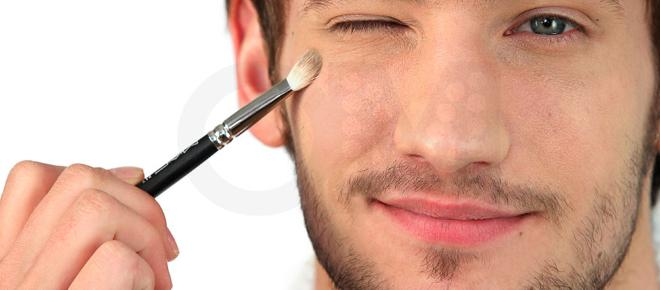 En China cada vez es más normal el maquillaje en hombres