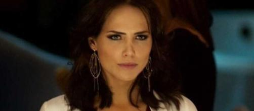 Letícia Colin interpretando Rosa em 'Segundo Sol'. (Reprodução - Rede Globo)