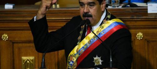 'El País' afirma que Nicolás Maduro llamó a Mike Pence 'culebra venenosa'