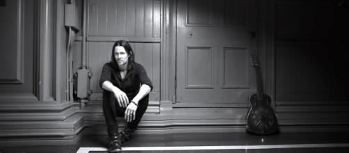 'Year Of The Tiger' Myles Kennedy: Facing up to his torment through his music ... - rocktambulos.com
