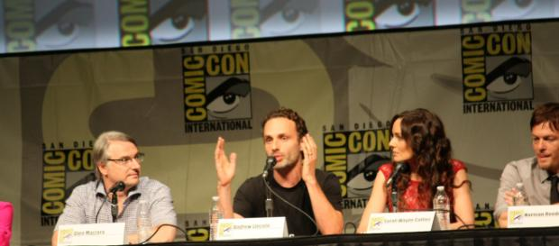 Andrew Lincoln confirmed to leave the show during the season. [via Thibault/Wikimedia Commons].
