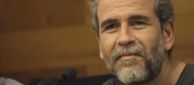 Willy Toledo asiste al programa de 'Al Rojo Vivo' de La Sexta