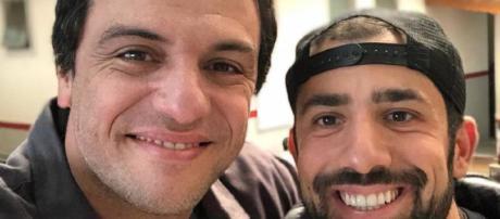 Rodrigo Lombardi e Kaysar nos bastidores de Carcereiros