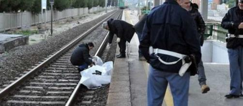 17enne travolto dal treno: ragazzini spettatori lo riprendono con ... - wallnews24.it