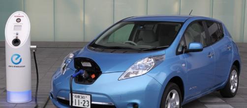 Conoce los beneficios de los coches eléctricos