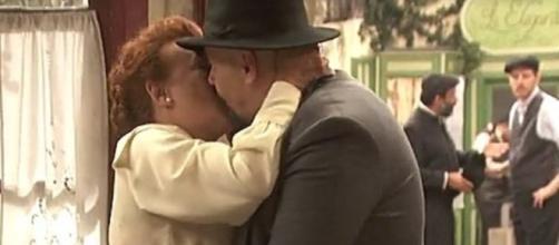Il Segreto anticipazioni: Dolores e Tiburcio diventano ufficialmente una coppia