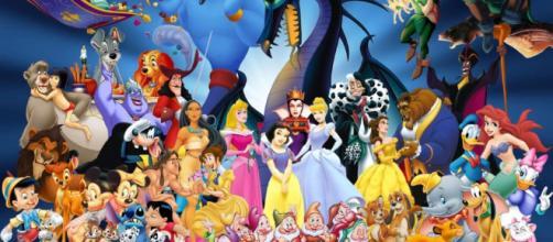 Es una comedia fabulosa al mismo tiempo disfrutaremos de las distintas facetas de las princesas de Disney