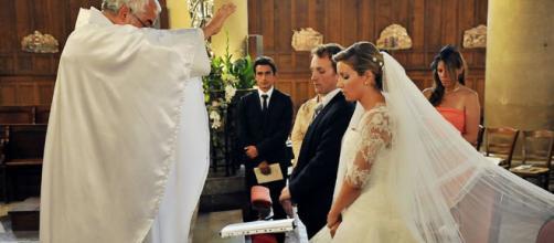 La organización de bodas se realiza fácilmente por medio de aplicaciones móviles. - com.mx