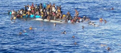 L'Italia ha chiuso i porti ad una nave che aveva salvato in mare 629 migranti.