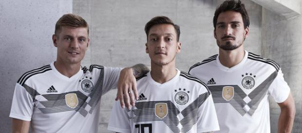 Camiseta adidas de Alemania Mundial 2018 - Marca de Gol - marcadegol.com