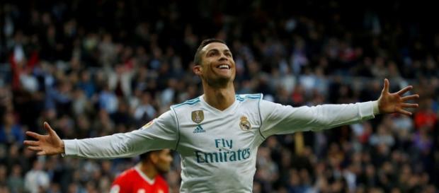 Cristiano Ronaldo exige ésta cantidad a Florentino Pérez para quedarse