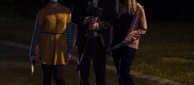 MOVIE REVIEW - THE STRANGERS: PREY AT NIGHT | Behind The Lens Online - behindthelensonline.net