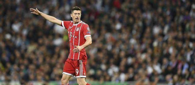 Robert Lewandowski pourrait venir à la Juventus en cas de départ d'Higuain lors du mercato à venir.