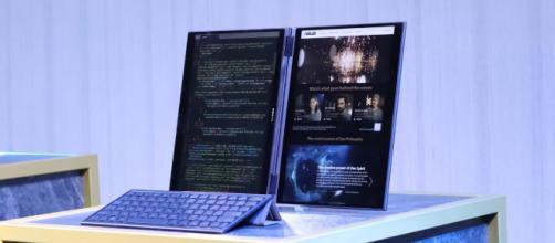 Asus Precog, el portátil con dos pantallas sin teclado físico